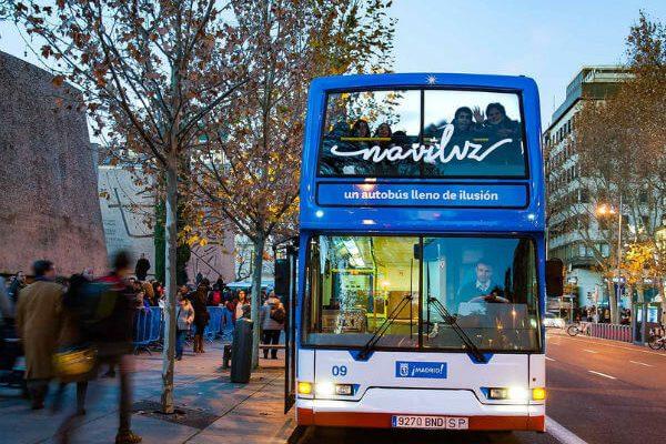Naviluz. Un autobús para recorrer la iluminación de Madrid
